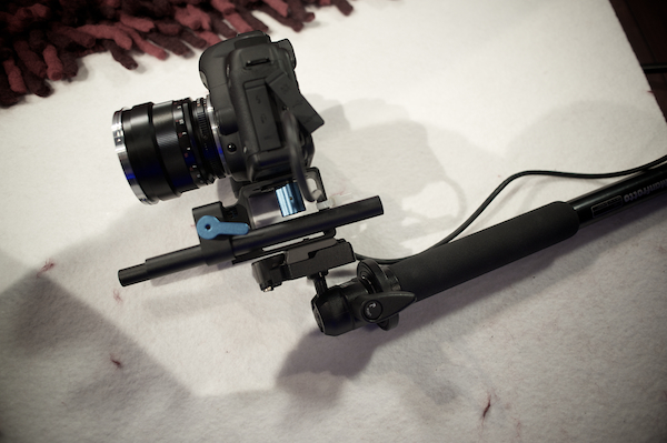 cheap & easy HDSLR-rig: on a monopod
